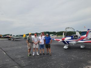 Flyin with a few buddies with the RV12 in the background